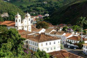 Magie des villes coloniales, pierres précieuses du Minas Gerais